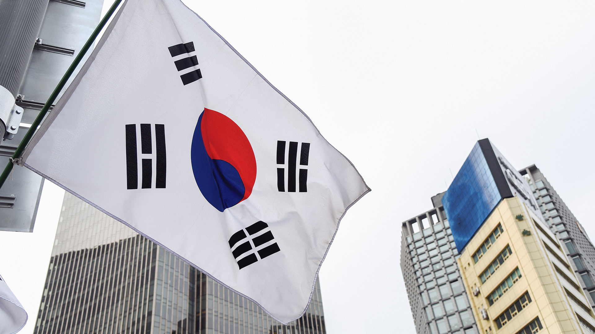 A South Korean entertainment giant is planning to launch its
