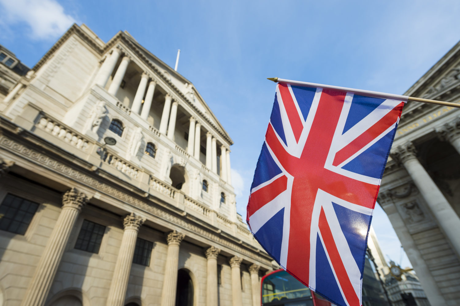 Buy crypto only if ready to lose it all, says Bank of England governor