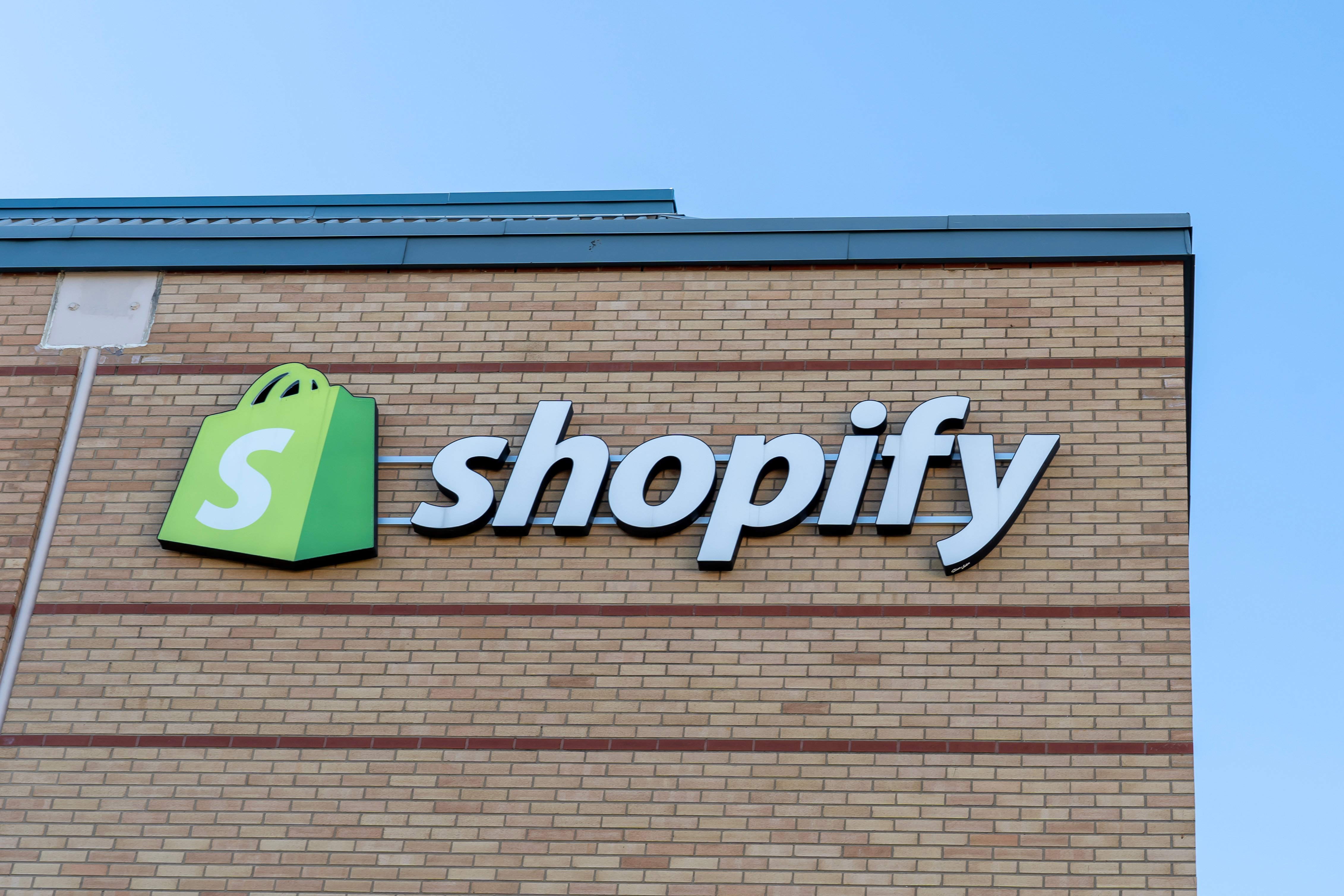 Shopify is starting to allow its e-commerce customers to sell NFTs 'directly'